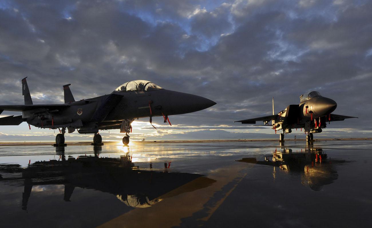 Patrocinios III: Dedicado a la Fuerza Aérea de los EE.UU. y sus patrocinios con Cloud9 y ELEAGUE